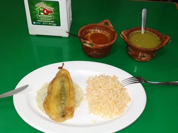 Rico chile relleno del Restaurante Tu Casa en Tuxpan