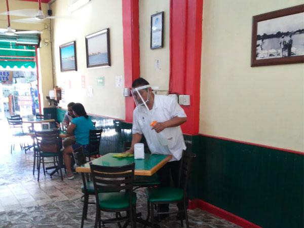 Restaurante Tu Casa en Tuxpan, Veracruz limpio y seguro